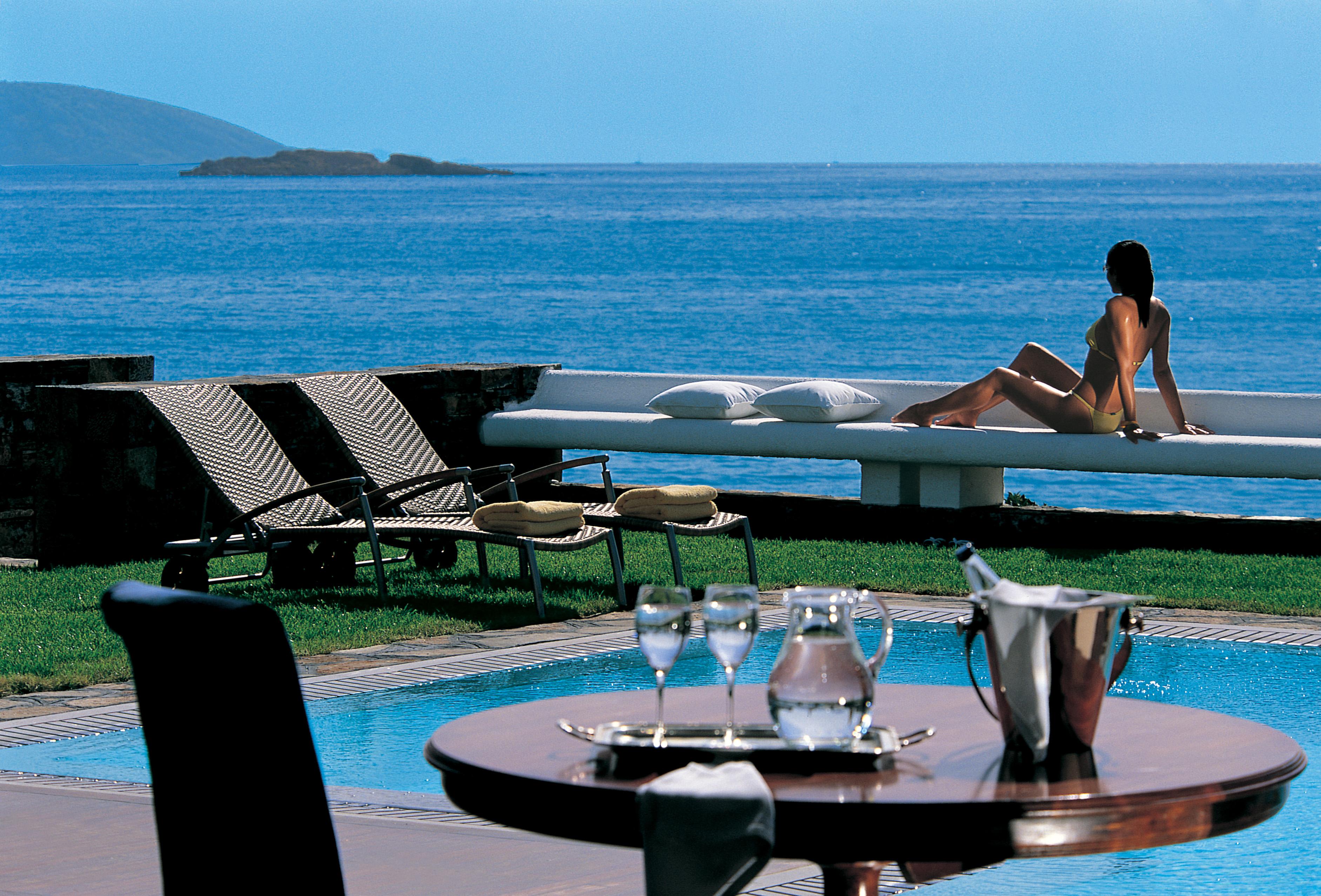 Grand Resort Lagonissi Nominated For 2016 World Luxury