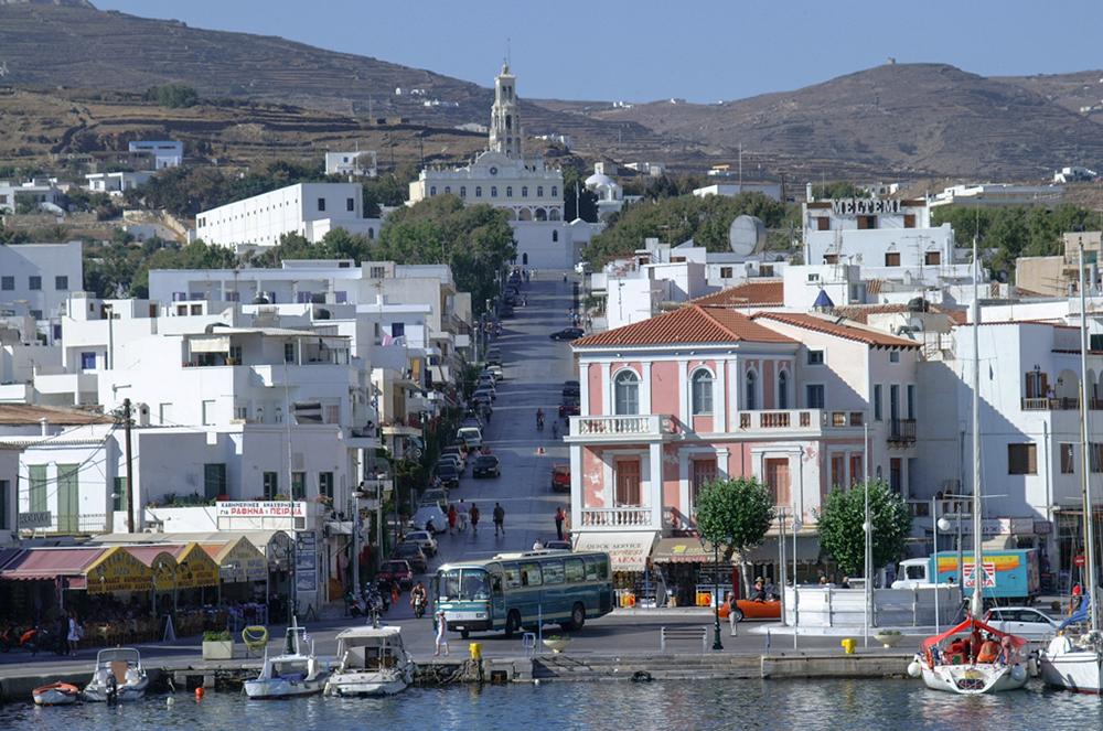 Tinos_Town_12316_Maria_Theofanopoulou_1000x663