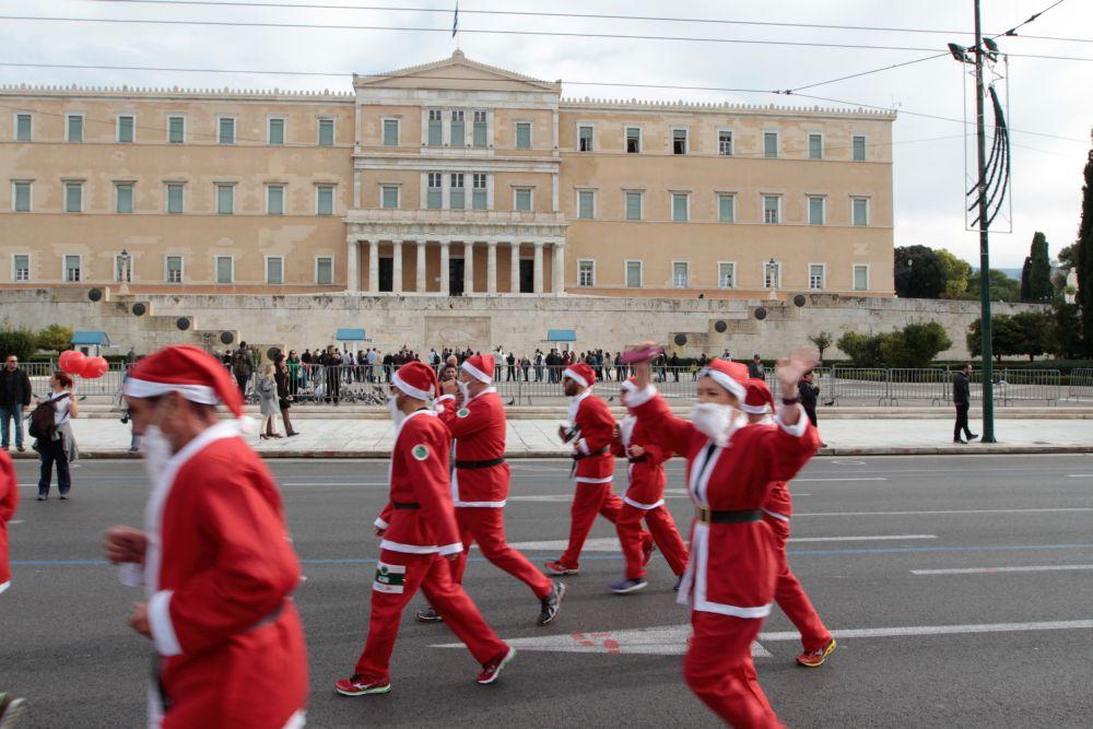 Santa_Run_Nikos_Karanikolas-5836