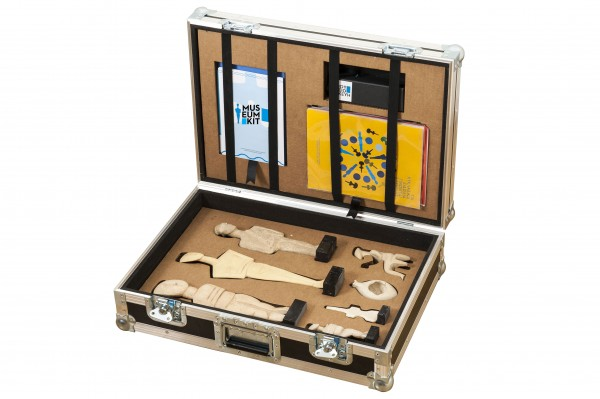 Traveling Suitcases to Teach Kids About Cycladic Art