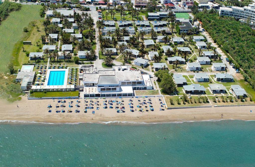 Panoramic view of Creta Beach Hotel & Bungalows.