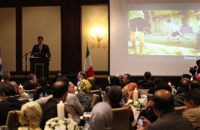 During the second Greek Tourism Workshop in Tehran, the secretary general of the GNTO, Dimitris Tryfonopoulos, analyzed the features of Greece that are sure to appeal to Iranian tourists such as shopping, nightlife-entertainment, Greek islands, gastronomy, cultural routes, family activities, all inclusive programs, etc.