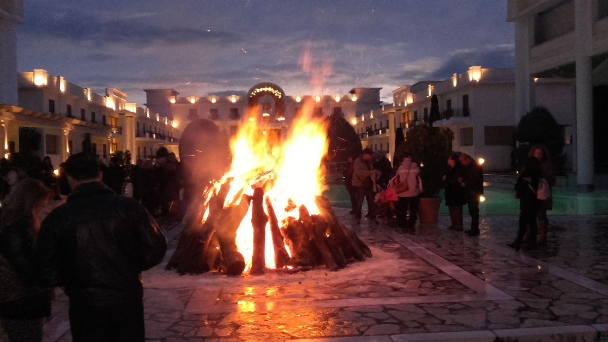 """A traditional """"Tzamala"""" bonfire."""