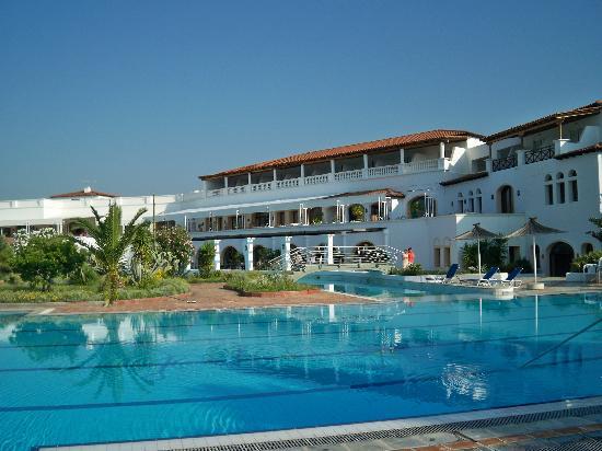 Eretria Village pool