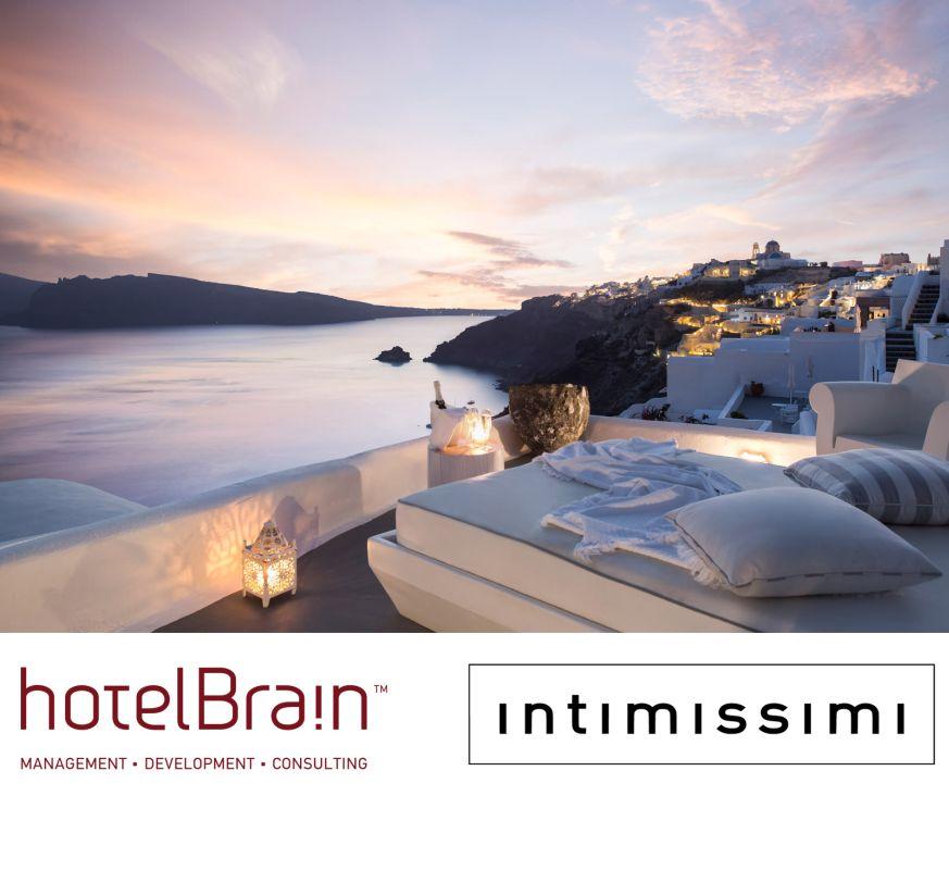 Santorini_Kirini-Suites-Spa-Sunset-View_1