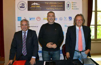 Yiorgos Kollintzas (HYBA), Piraeus Mayor Yiannis Moralis and Antonis Stelliatos (EPEST).