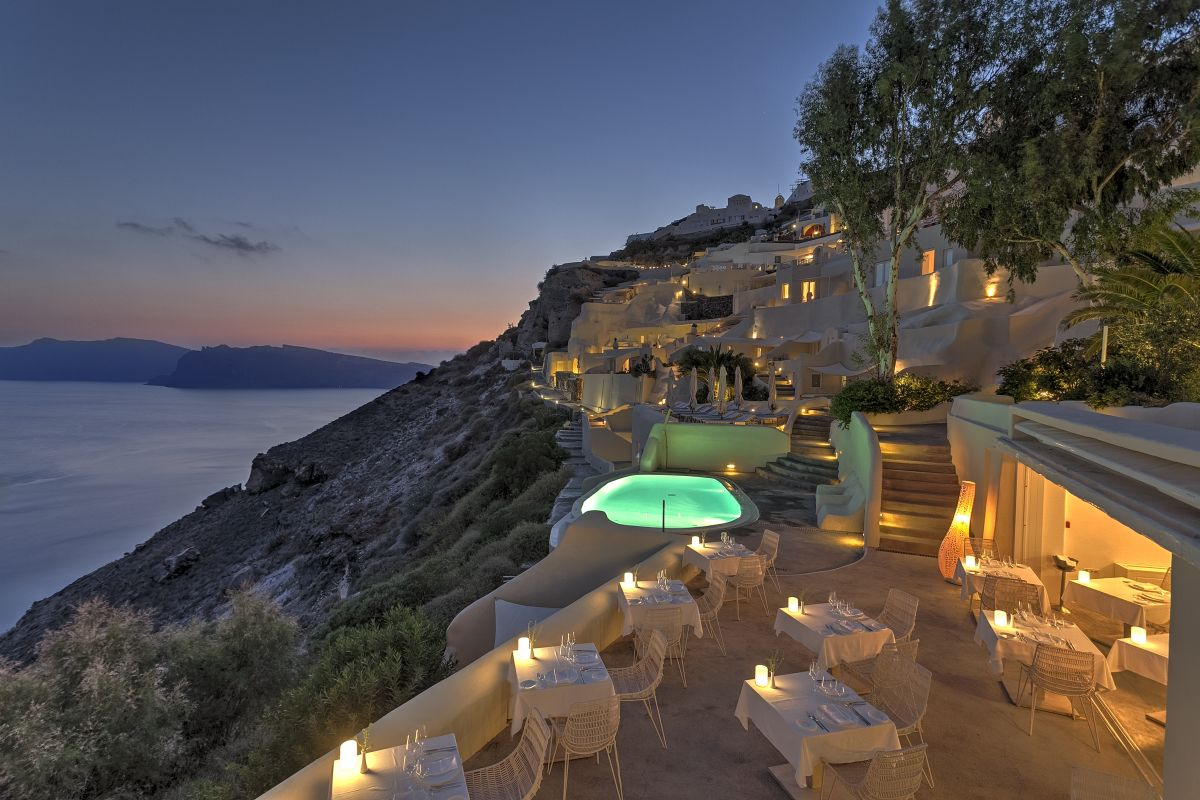 Santorini s mystique named ne of the 39 10 most beautiful for Top 10 design hotels europe