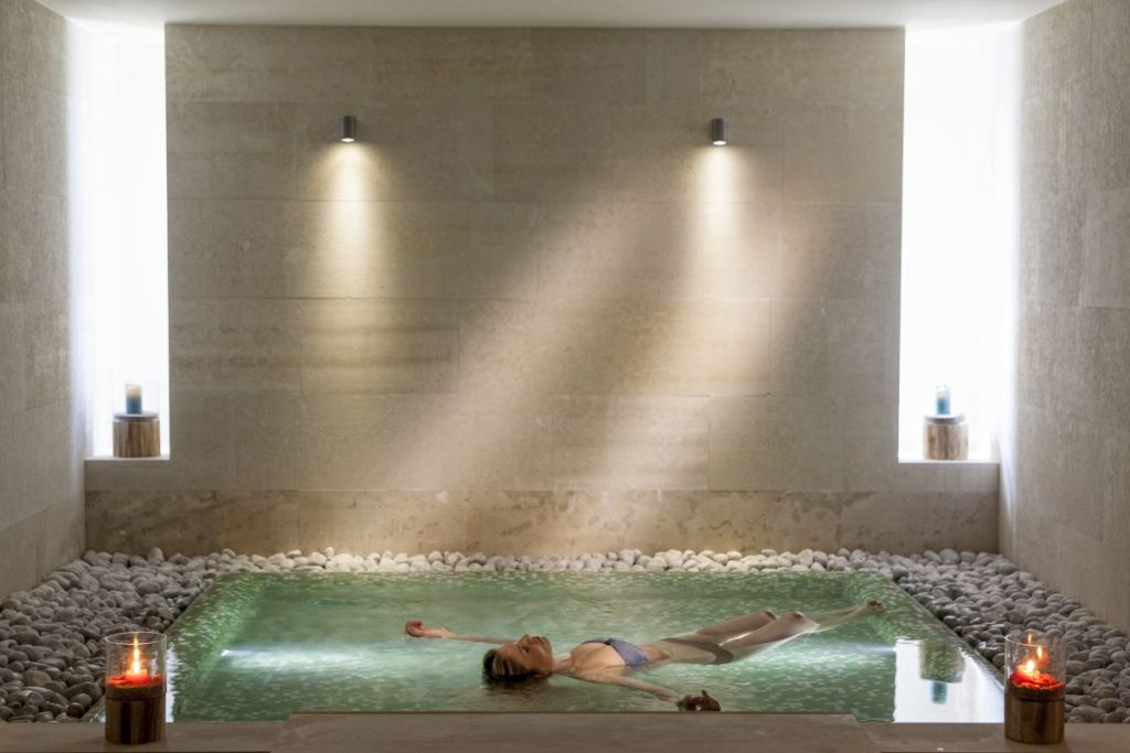 Avra imperial 39 s spa honored with design award at greek for Design hotel crete