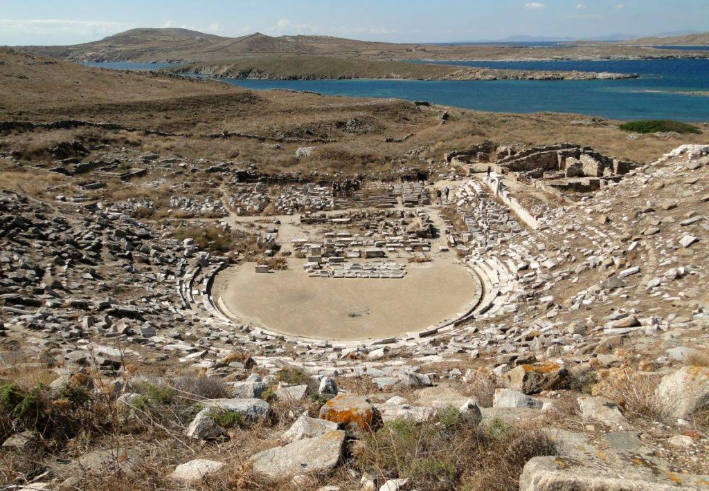 Ancient_theatre_Delos