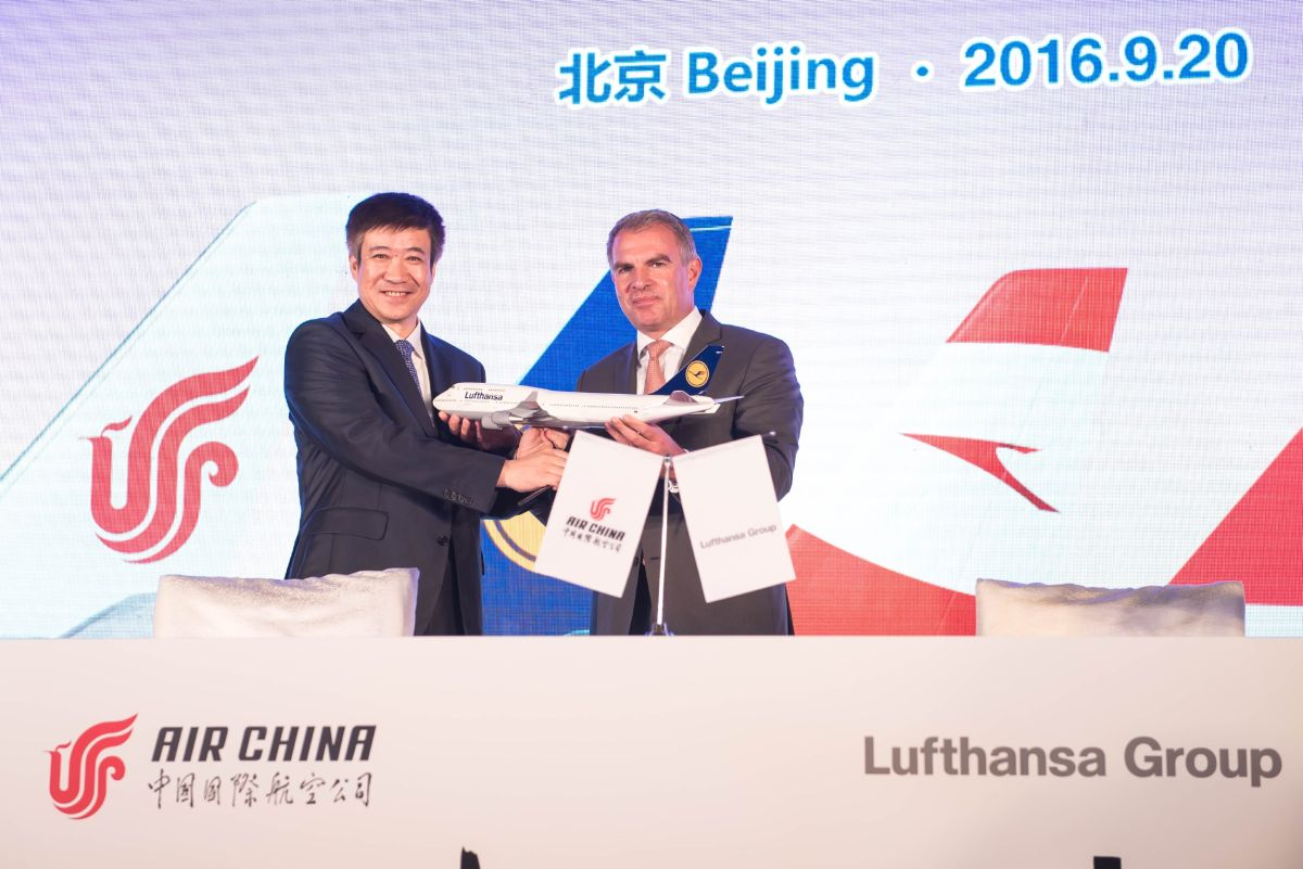 Cai Jianjiang, Chairman of Air China and Carsten Spohr, Chairman of the Executive Board and CEO of Deutsche Lufthansa AG.
