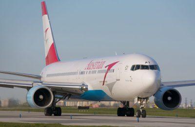 :Austrian Airlines Boeing 767-300