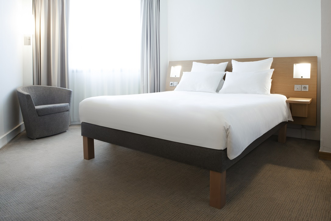 Novotel Athènes' Live N Dream bedding concept.