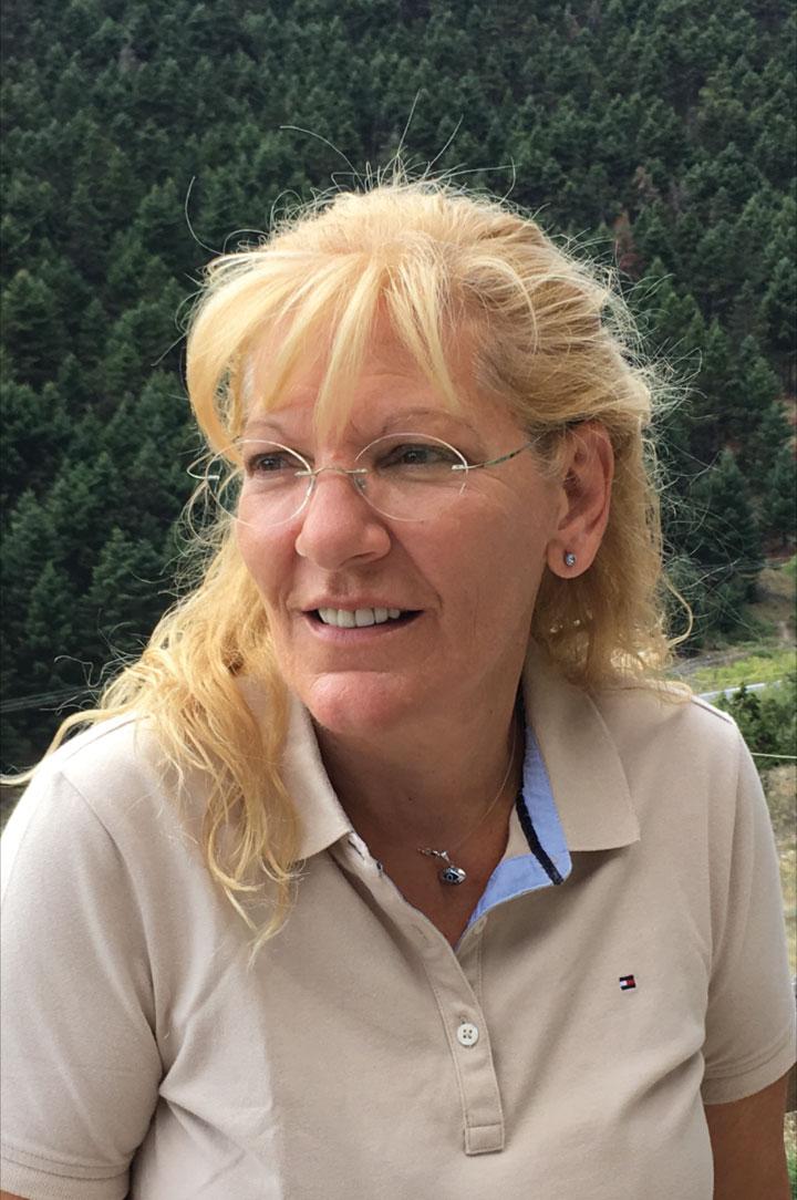 Eva Karamanou