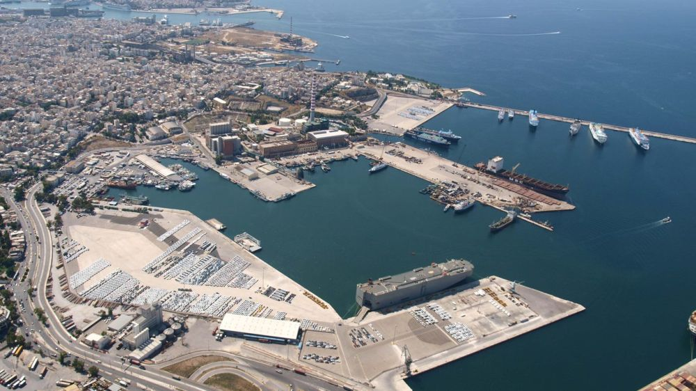 piraeus_port