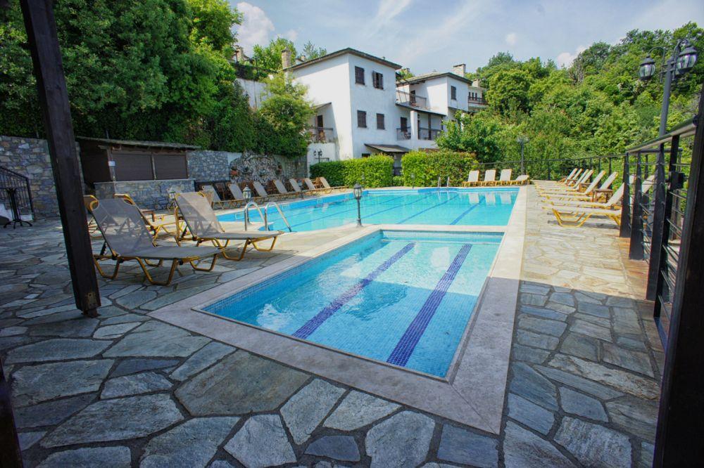 Exterior pool. Aglaida Hotel & Apartments, Pelion.