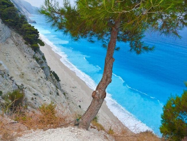 Egremni Beach. Photo © Facebook - Greek Islands
