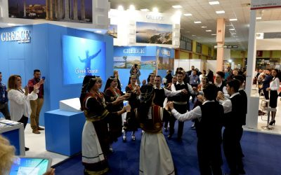 Visitors of the TTR-Romexpo exhibition in Bucharest were impressed with the Greek folk and traditional dance performances at the GNTO stand by the members of the union of Greeks in Romania impressed.