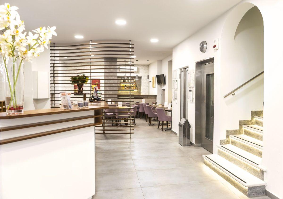 Pan Hotel, reception area.