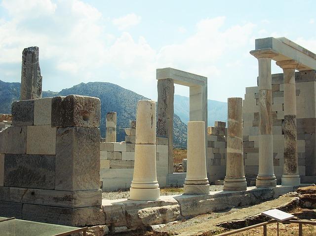 Delos Island, Cyclades Greece - © pixabay