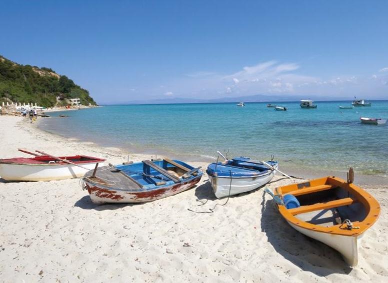 Afytos beach, Halkidiki_Halkidiki Tourism Organization