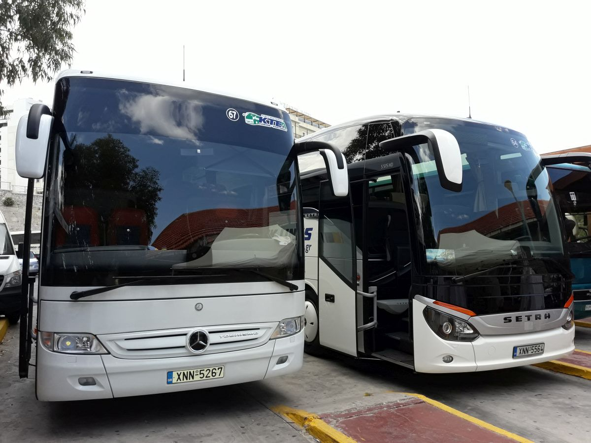 Mercedes benz hellas talks 39 business 39 with coach owners in for Mercedes benz owners