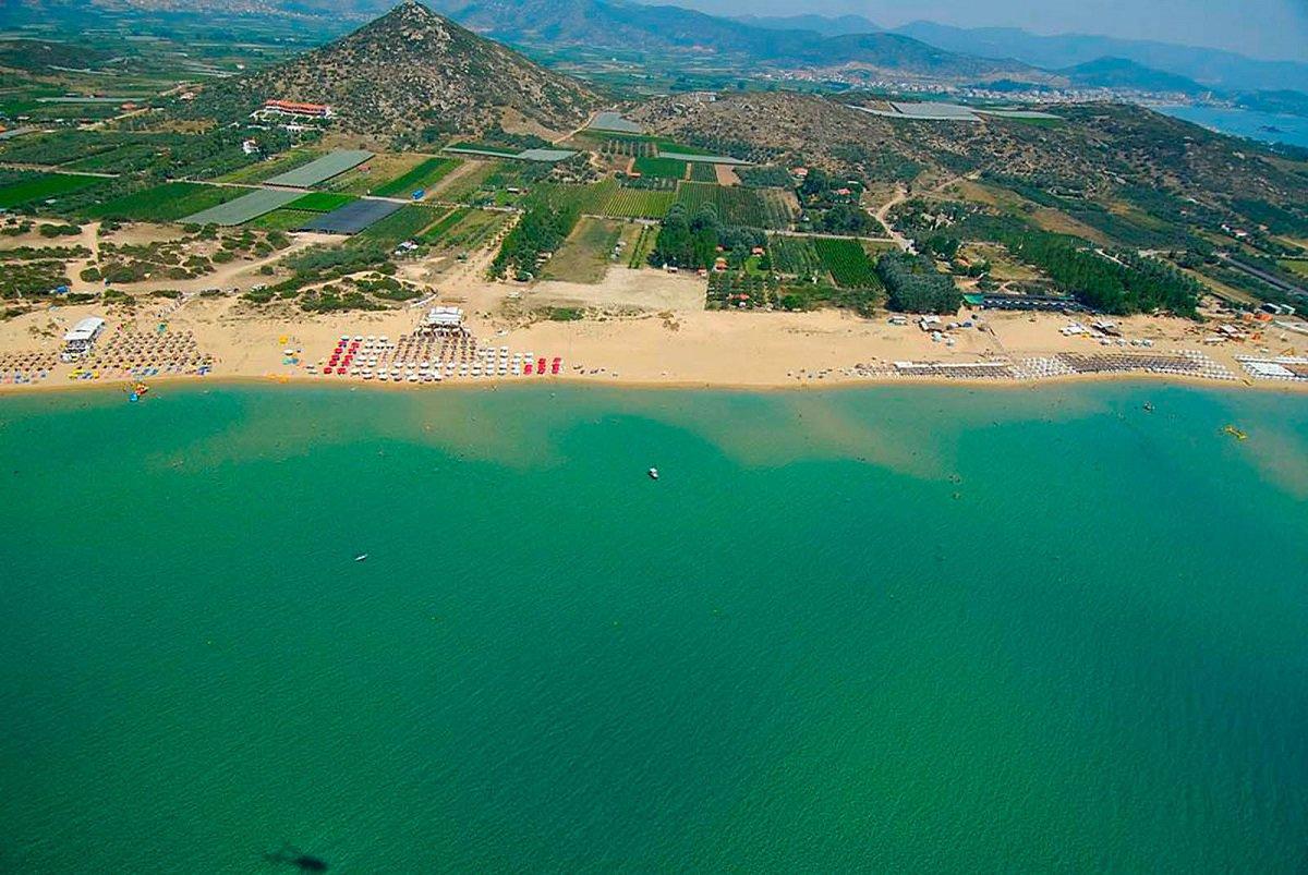 Ammolofoi beach