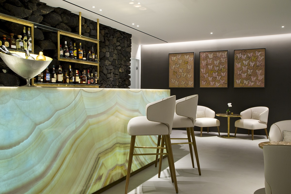 363 Champagne Lounge_Grace Hotels