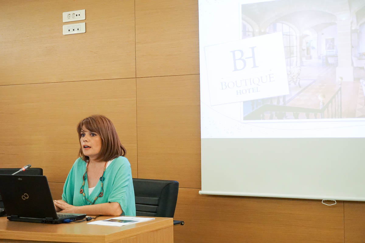 "Dr. Aimilia Vlami, Special Scientific Consultant to the Hellenic Chamber of Hotels, presenting the chamber's new ""Boutique Hotel"" certification process."