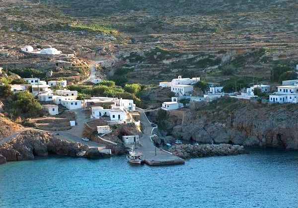 Antikythira, view of the port. Photo © Community of Antikythira