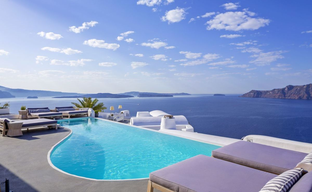 Katikies Hotel In Oia Santorini Has Been Voted As The Best Resort Greece 7th Europe And Among 100 Top Hotels World