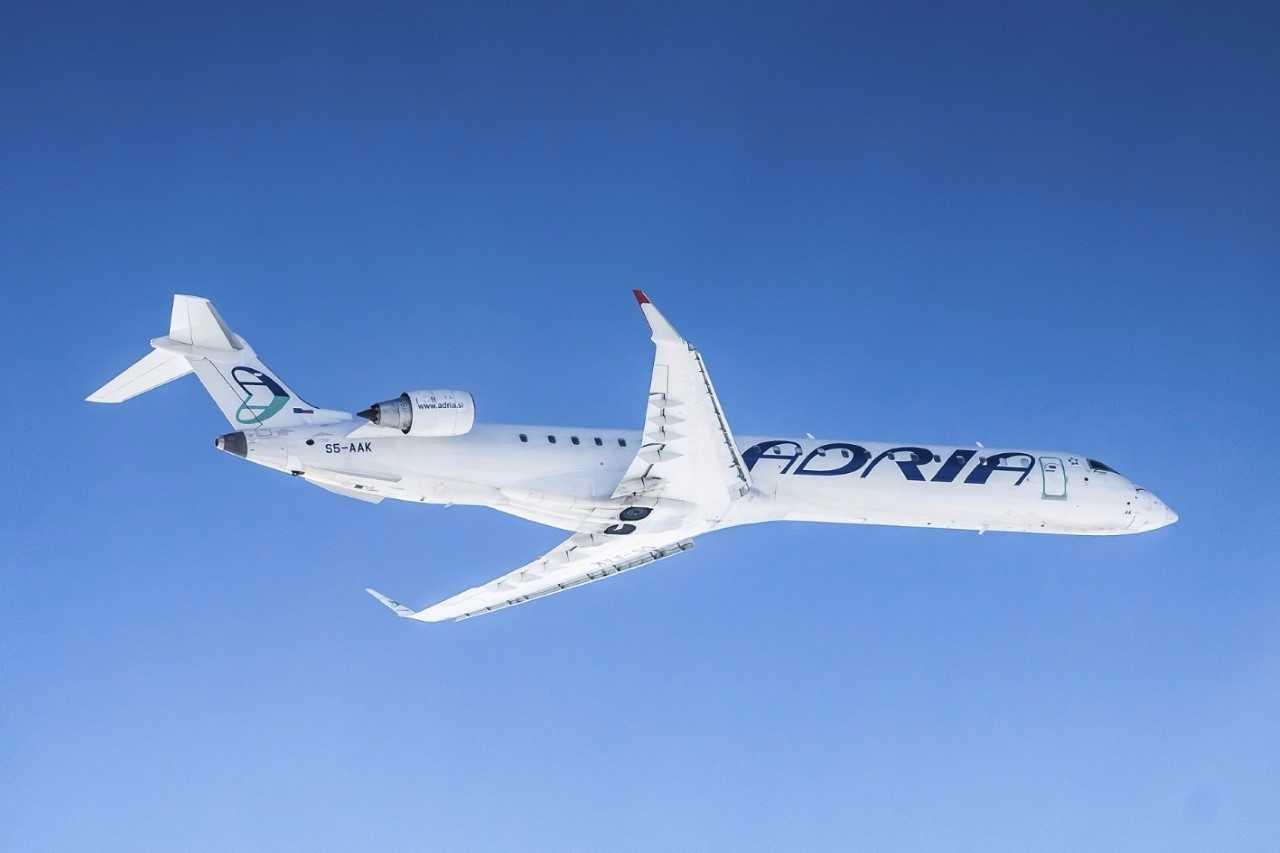 Resultado de imagen para Adria Airways CRJ-900
