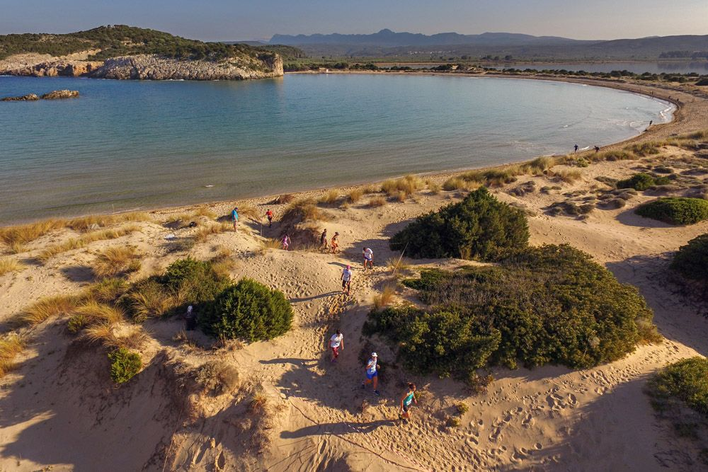 Running @ Navarino Challenge / photo by Loukas Hapsis