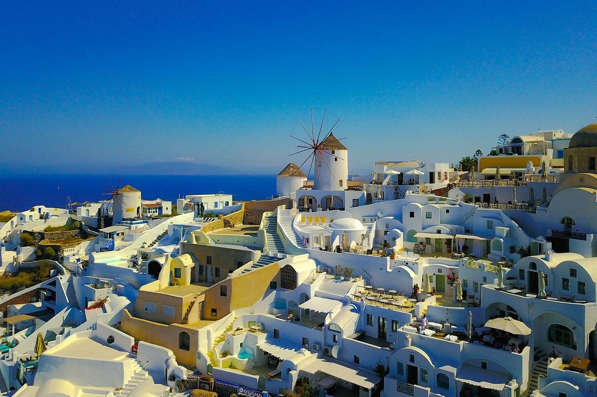 Five Star Hotels In Santorini Greece