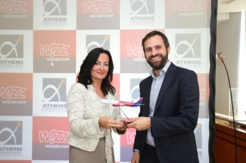 Wizz Air Chief Commercial Officer, Mr George Michalopoulos, and Mrs Ioanna Papadopoulou, AIA, Director Communications & Marketing.