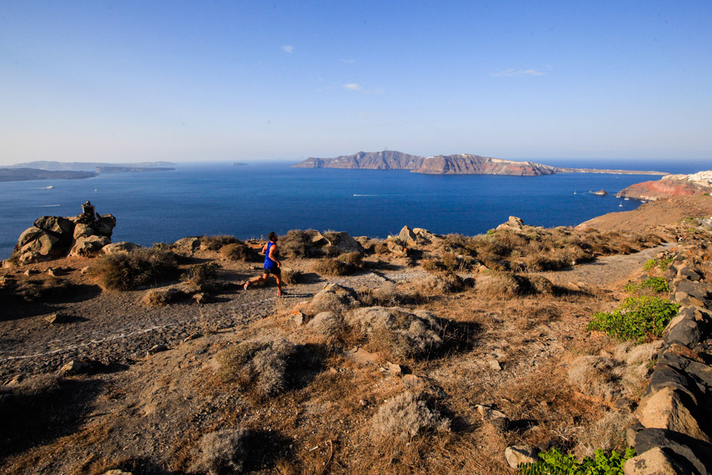"Running in ""Santorini Experience"". Photo by Babis Giritziotis"