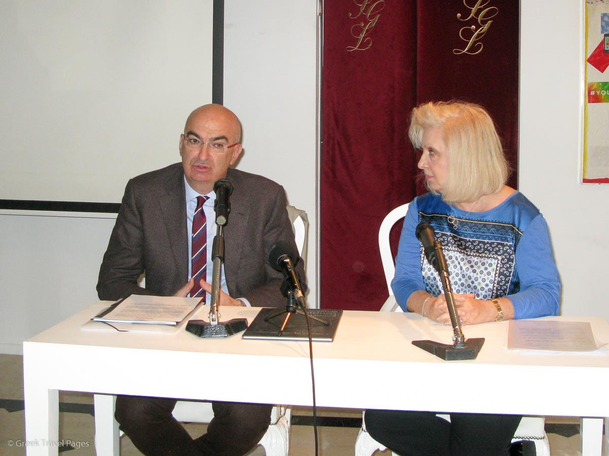 The president of the Hellenic Chamber of Hotels (HCH) Giorgos Tsakiris and the president of the Association of Greek Women in Tourism, Irene Mantzavelaki Vasilopoulou.