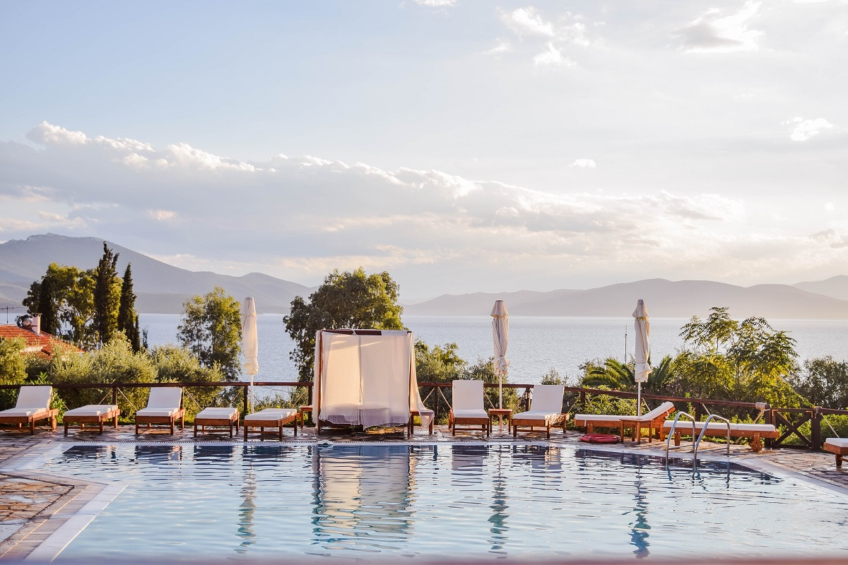 Study: Greek Hospitality Sector Shows Signs of Financial Health