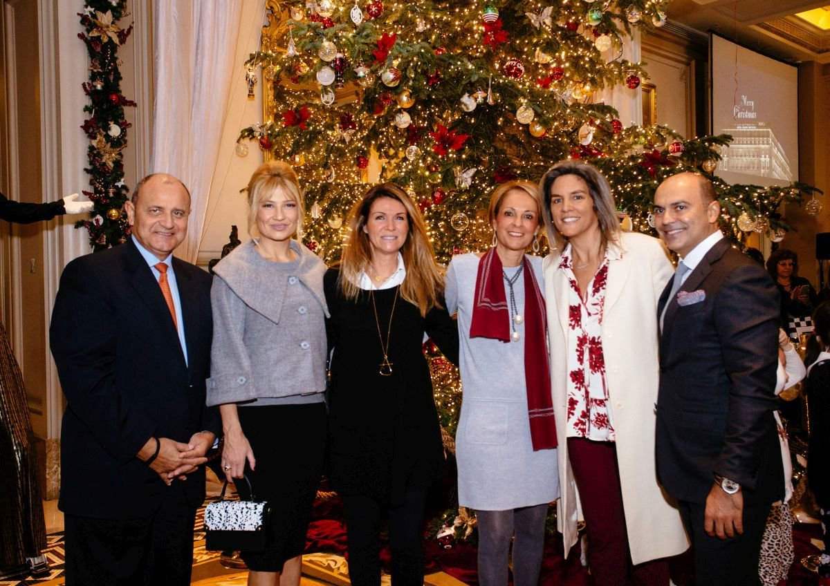 Tim Ananiadis, general manager of Hotel Grande Bretagne & King George; Fay Skorda, Greek TV host; Anastasia Mania; Christina Papathanassiou, director of public relations of Hotel Grande Bretagne; and Grigoris Liasidis, director of Hotel Grande Bretagne & King George.