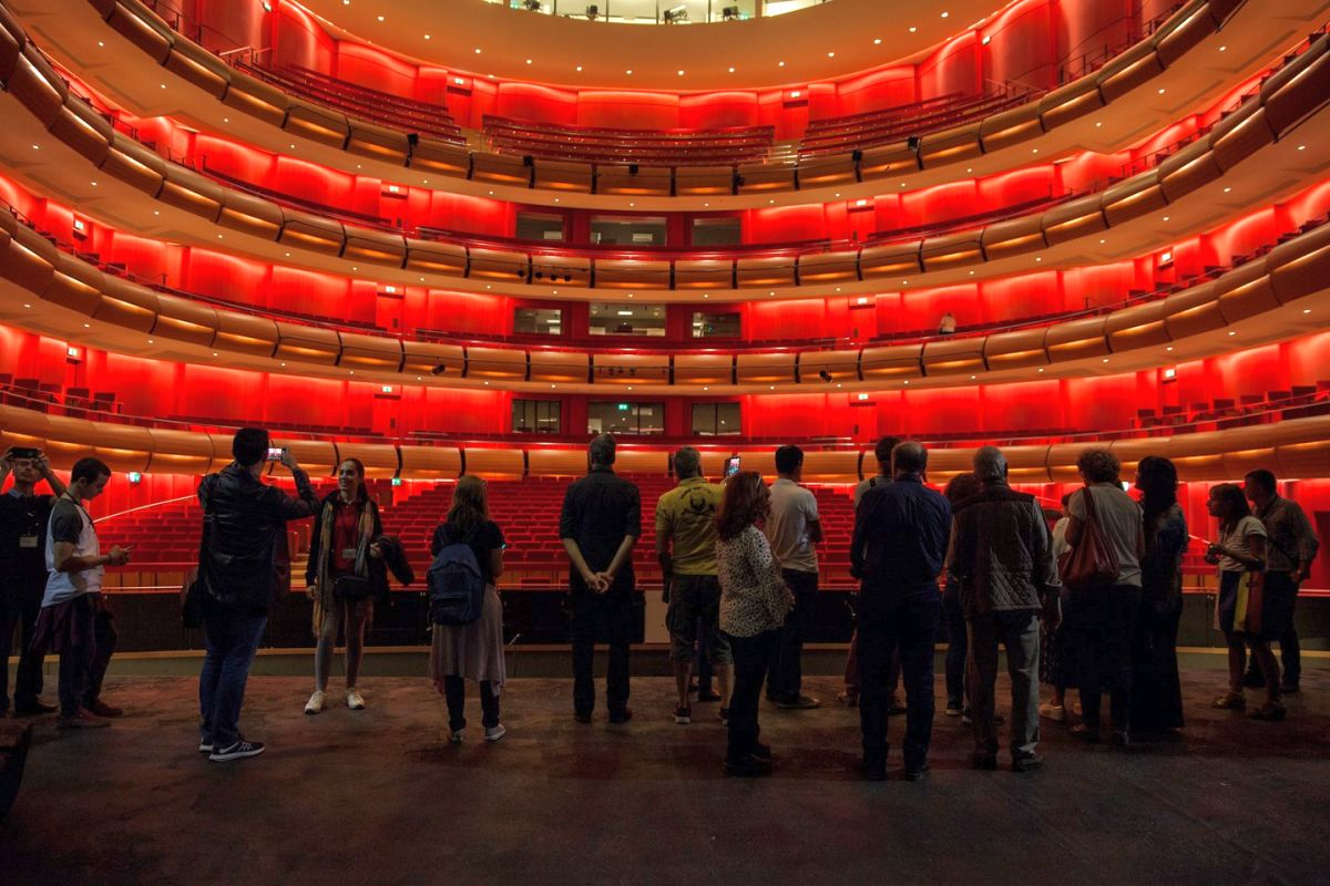 Captivating The Design, Construction And Equipment Of The SNFCC Were Made Possible By  The Single Largest Donation Of Stavros Niarchos Foundation.