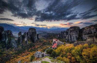 Meteora in Thessaly, Greece. Photo Source: @Visit Meteora (Cristian Kirshbom)
