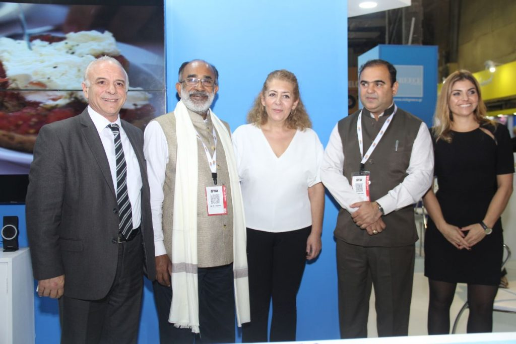 GNTO's Head of the Market Research and Advertising Division, Michalis Michaelides; India's Tourism Minister, Alphons Kannanthanam; GNTO's exhibitions department, Katerina Meimaroglou; Maharastra Tourism minister Jaykumar Rawal; and Ioanna Diamantidi, GNTO's exhibitions department.