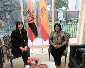 Greek Tourism Minister Elena Kountoura with her Colombian counterpart, Maria Lorena Gutierrez.