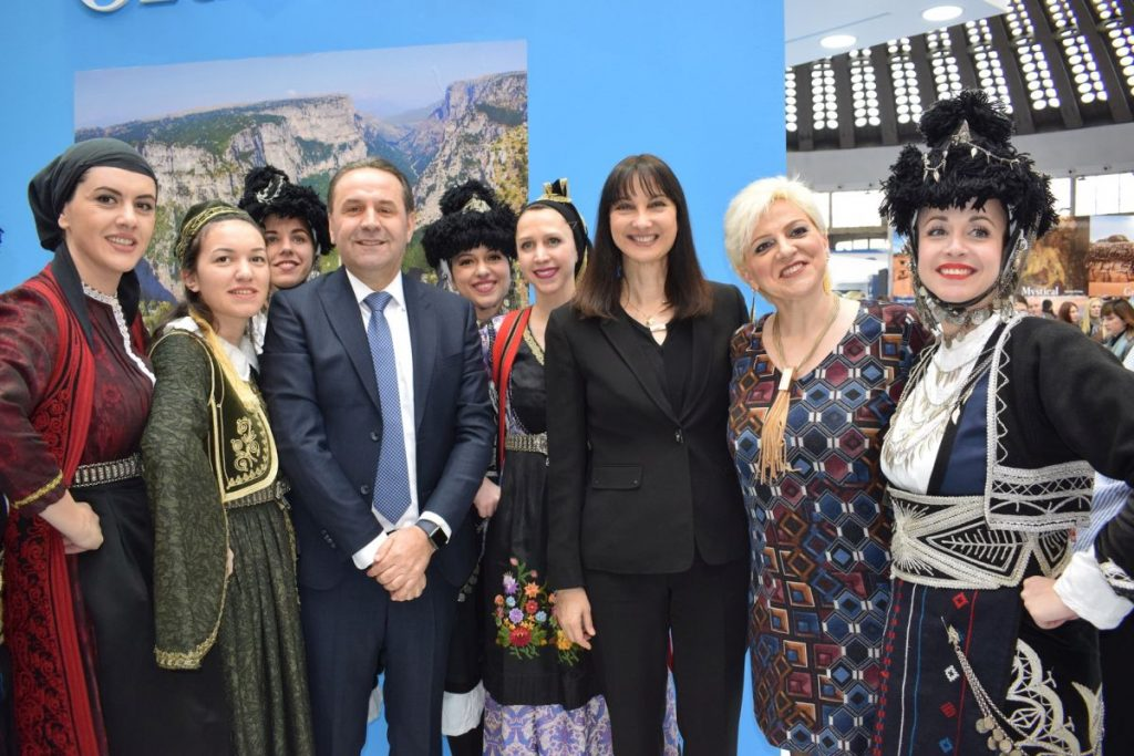 Greek Tourism Minister Elena Kountoura with her Serbian counterpart Rasim Ljiajic at the GNTO stand, with exhibitors from the Region of Epirus.