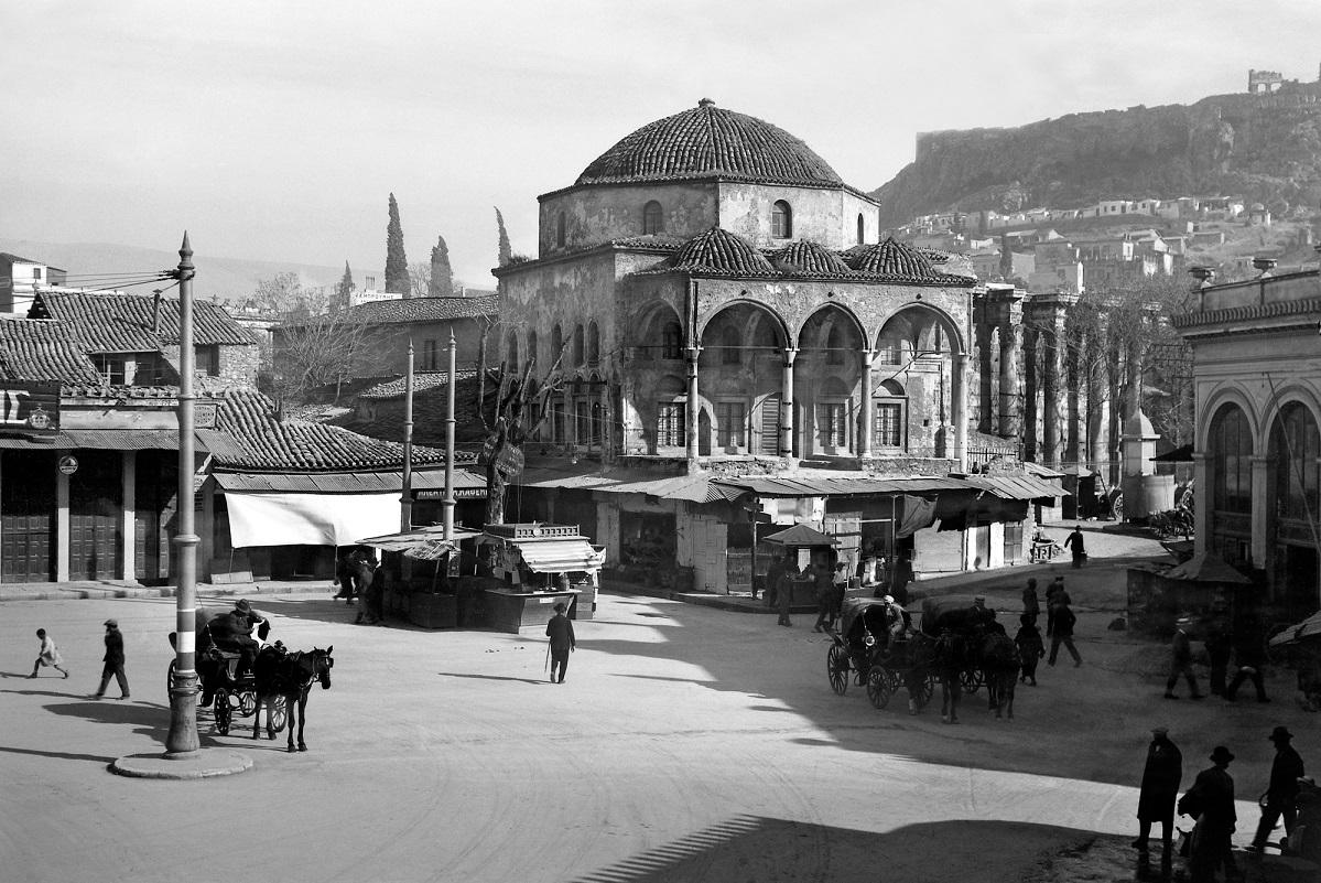 Nelly's The Tzisdaraki mosque in Monastiraki, 1927-29