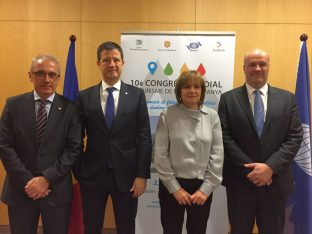 Greece's General Secretary for Tourism Policy and Development, Giorgos Tziallas with the Andorra Tourism Minister Francesc Camp (left) and Mayoress of Escaldes-Engordany Trinitat Marin Gonzalez.