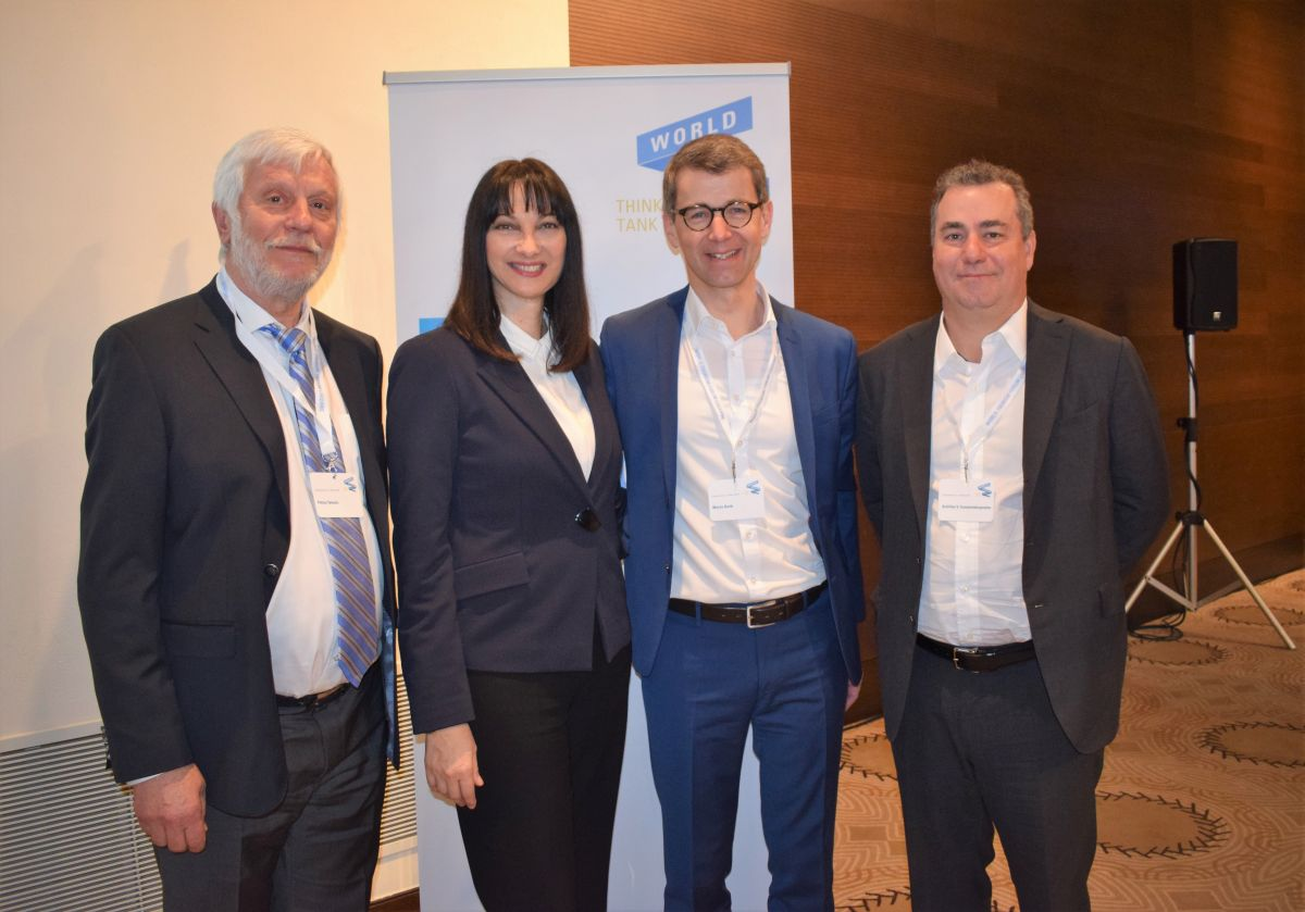 Peloponnese Region Governor Petros Tatoulis, Greek Tourism Minister Elena Kountoura, WTFL Think Tank CEO Martin Barth and Costa Navarino's Achilles Constantakopoulos.