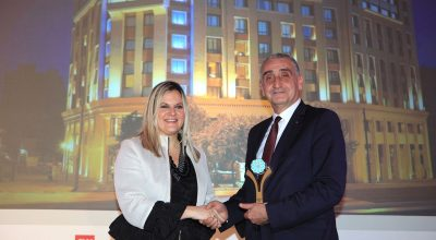 Zeus International general manager Giorgos Margaritis received the award from Tourism Ministry secretary general Evridiki Kourneta.