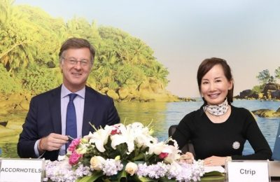 Signing Ceremony between AccorHotels Chairman and CEO Sebastien Bazin and Ctrip CEO Jane Sun