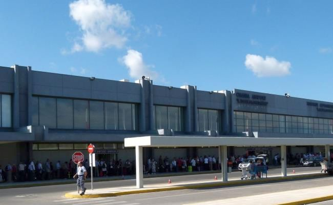 Chania Airport. Photo © Jarvin / Wikimedia Commons