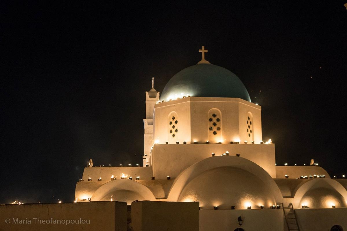 Easter on Santorini © Maria Theofanopoulou
